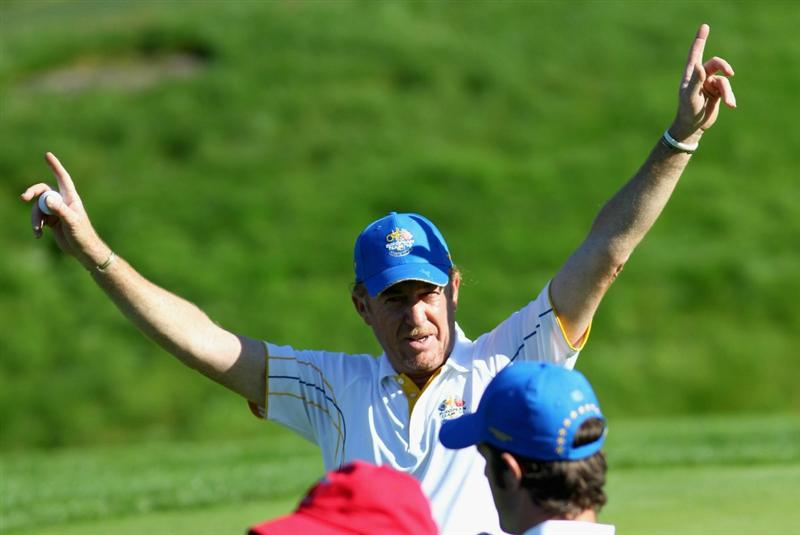 NEWPORT, WALES - OCTOBER 04:  Miguel Angel Jimenez of Europe waves to the gallery in the singles matches during the 2010 Ryder Cup at the Celtic Manor Resort on October 4, 2010 in Newport, Wales.  (Photo by Jamie Squire/Getty Images)