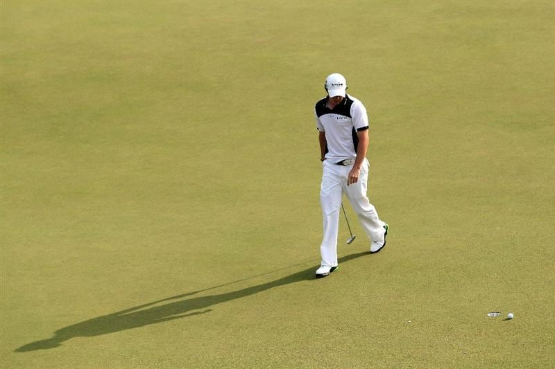 AUGUSTA, GA - APRIL 08:  Rory McIlroy of Northern Ireland walks across the 17th green during the second round of the 2011 Masters Tournament at Augusta National Golf Club on April 8, 2011 in Augusta, Georgia.  (Photo by Andrew Redington/Getty Images)