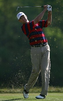 OAKMONT, PA - JUNE 15:  Davis Love III hits his tee shot from the 14th hole during the second round of the 107th U.S. Open Championship at Oakmont Country Club on June 15, 2007 in Oakmont, Pennsylvania.  (Photo by Harry How/Getty Images)