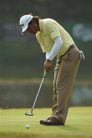 KUALA LUMPUR, MALAYSIA - FEBRUARY 13:  Danny Chia of Malaysia in action during the round two of the 2009 Maybank Malaysian Open at Saujana Golf and Country Club on February 13, 2009 in Kuala Lumpur, Malaysia.  (Photo by Ian Walton/Getty Images)