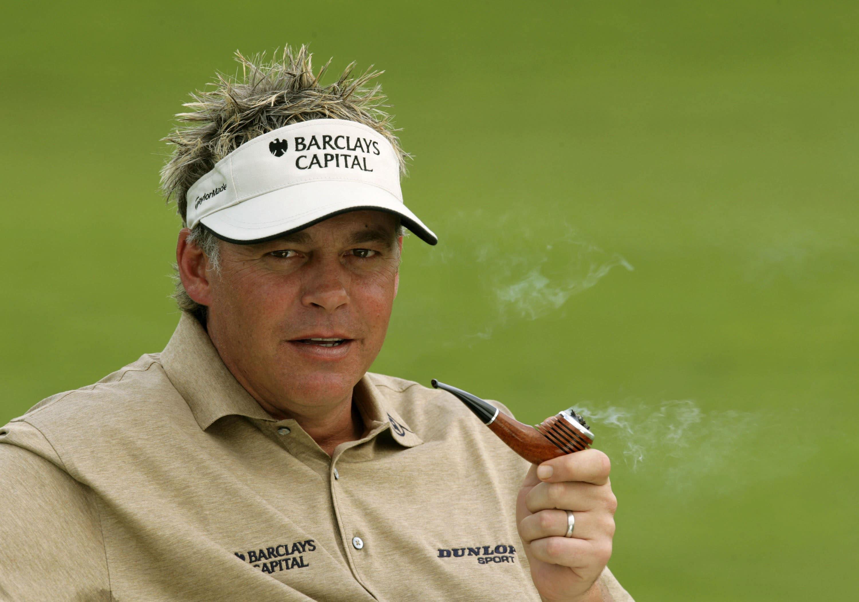 Darren Clarke smoking a pipe in 2006