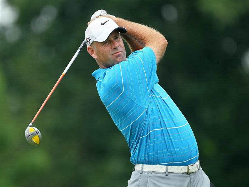DUBLIN, OH - JUNE 05:  Stewart Cink hits his tee shot on the first shot during the third round of The Memorial Tournament presented by Morgan Stanley at Muirfield Village Golf Club on June 5, 2010 in Dublin, Ohio.  (Photo by Andy Lyons/Getty Images)
