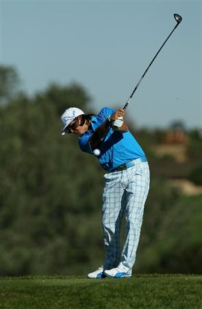 LA JOLLA, CA - JANUARY 28:  Rickie Fowler hits his tee shot on the fifth hole during round two of the Farmers Insurance Open at Torrey Pines South Course on January 28, 2011 in La Jolla, California.  (Photo by Stephen Dunn/Getty Images)