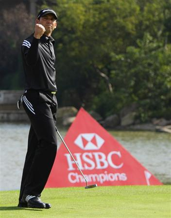 SHANGHAI, CHINA - NOVEMBER 09:  Sergio Garcia of Spain celebrates after winning the HSBC Champions at the second play-off hole at Sheshan Golf Club on November 10, 2008 in Shanghai, China.  (Photo by Andrew Redington/Getty Images)