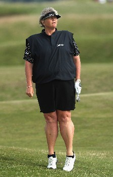 ST ANDREWS, UNITED KINGDOM - AUGUST 03:  Laura Davies of England follows her approach to the 12th green during the Second Round of the 2007 Ricoh Women's British Open held on the Old Course at St Andrews on August 3, 2007 in St Andrews, Scotland.  (Photo by David Cannon/Getty Images)