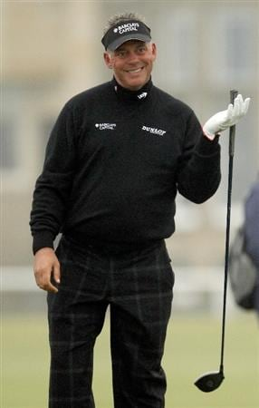 ST ANDREWS, SCOTLAND - OCTOBER 08:  Darren Clarke of Northern Ireland on the second tee during the second round of The Alfred Dunhill Links Championship at The Old Course on October 8, 2010 in St Andrews, Scotland.  (Photo by Ross Kinnaird/Getty Images)