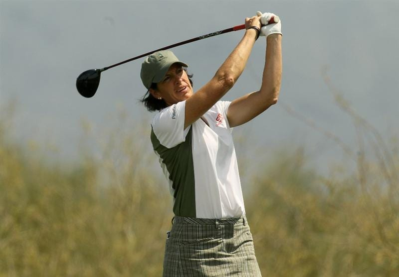 PHOENIX, AZ - MARCH 18:  Juli Inkster hits her tee shot on the 18th hole during the first round of the RR Donnelley LPGA Founders Cup at Wildfire Golf Club on March 18, 2011 in Phoenix, Arizona. (Photo by Stephen Dunn/Getty Images)