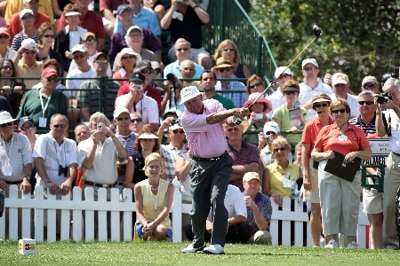 ORLANDO, FL - MARCH 12: Arnold Palmer of the USA tees off at the first hole during the pro-am for the 2008 Arnold Palmer Invitational presented by Mastercard at the Bay Hill Golf Club, on March 12, 2008 in Orlando, Florida.  (Photo by David Cannon/Getty Images)