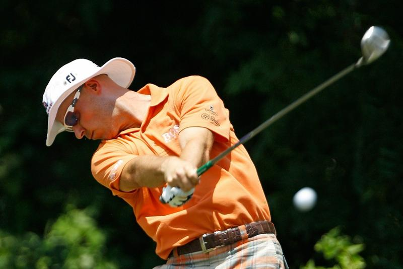 FT. WORTH, TX - MAY 30:  :  Ben Crane hits his tee shot on the sixth hole during the final round of the 2010 Crowne Plaza Invitational at the Colonial Country Club on May 30, 2010 in Ft. Worth, Texas.  (Photo by Scott Halleran/Getty Images)