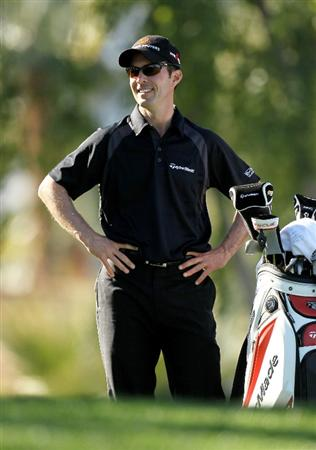 LA QUINTA, CA - JANUARY 25:  Mike Weir of Canada smiles as he waits to hit his tee shot on the second hole at the Palmer Private course at PGA West during the final round of the Bob Hope Classic on January 25, 2010 in La Quinta, California.  (Photo by Stephen Dunn/Getty Images)