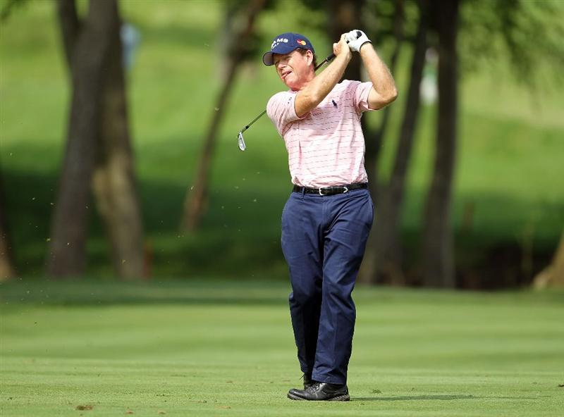 LOUISVILLE, KY - MAY 28:  Tom Watson hits his second shot on the par 4 16th hole during the third round of the Senior PGA Championship presented by KitchenAid at Valhalla Golf Club on May 28, 2011 in Louisville, Kentucky.  (Photo by Andy Lyons/Getty Images)