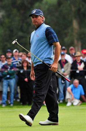 PACIFIC PALISADES, CA - FEBRUARY 21:  Fred Couples of USA reacts to his putt on the 17th hole during the third round of the Northern Trust Open at the Riviera Country Club February 21, 2009 in Pacific Palisades, California.  (Photo by Stuart Franklin/Getty Images)