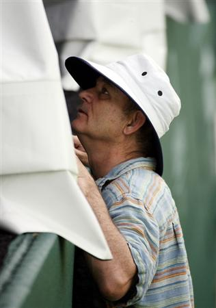 LUTZ, FL - APRIL 17:  Actor Bill Murray reacts on the 17th hole during the first round of the Outback Steakhouse Pro-Am at TPC Tampa Bay on April 17, 2009  in Lutz, Florida.  (Photo by Marc Serota/Getty Images)