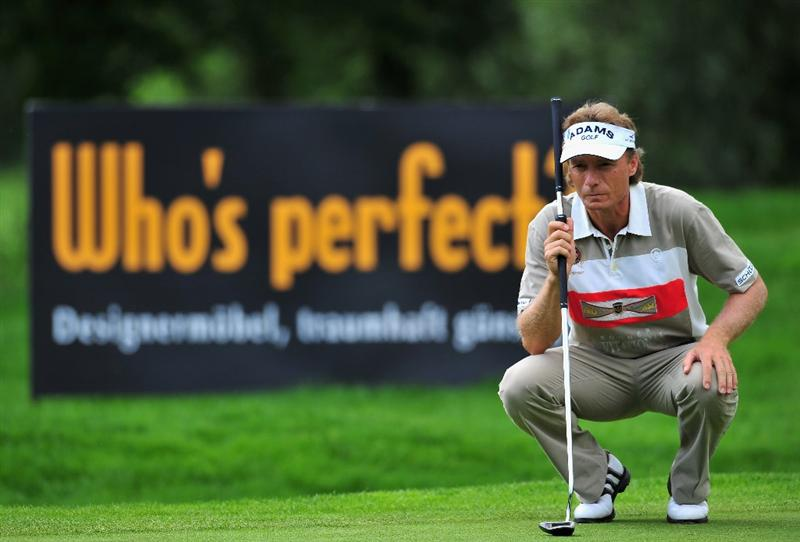 MUNICH, GERMANY - JUNE 27:  Bernhard Langer of Germany lines up his putt on the 10th hole during the third round of The BMW International Open Golf at The Munich North Eichenried Golf Club on June 27, 2009, in Munich, Germany.  (Photo by Stuart Franklin/Getty Images)