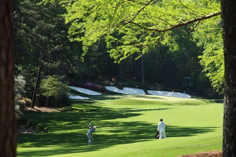 AUGUSTA, GA - APRIL 12:  Nick Watney plays a shot on the 13th hole during the final round of the 2009 Masters Tournament at Augusta National Golf Club on April 12, 2009 in Augusta, Georgia.  (Photo by David Cannon/Getty Images)