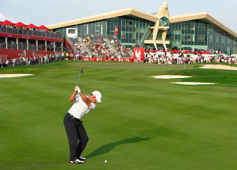 ABU DHABI, UNITED ARAB EMIRATES - JANUARY 17:  Paul Casey of England plays his third shot on the par five 18th hole during the third round of the Abu Dhabi Golf Championship at the Abu Dhabi Golf Club on January 17, 2009 in Abu Dhabi, United Arab Emirates.  (Photo by Ross Kinnaird/Getty Images)