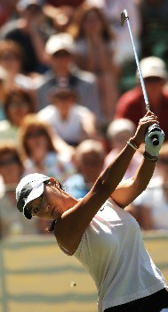 Grace Park tees off from the 17th during the second round of the LPGA's 2005 Kraft Nabisco Championship, at Mission Hills Country Club in Rancho Mirage, California March 25, 2005.