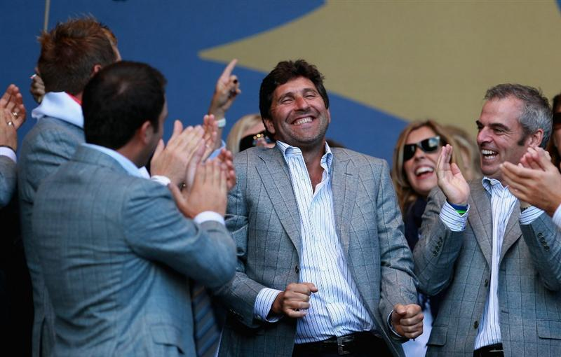 NEWPORT, WALES - OCTOBER 04:  Team Europe Vice Captain Jose Maria Olazabal celebrates at the closing cermonies following Europe's 14.5 to 13.5 victory over the USA at the 2010 Ryder Cup at the Celtic Manor Resort on October 4, 2010 in Newport, Wales.  (Photo by Andrew Redington/Getty Images)