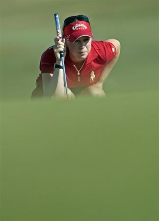 PRATTVILLE, AL - SEPTEMBER 25:   Morgan Pressel lines up her putt on the 15th green during first round play in the Navistar LPGA Classic at the Robert Trent Jones Golf Trail at Capitol Hill on September 25, 2008 in  Prattville, Alabama.  (Photo by Dave Martin/Getty Images)