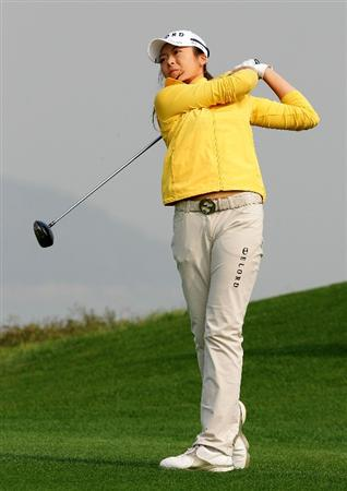 INCHEON, SOUTH KOREA - OCTOBER 30:  MJ Hur of South Korea hits a teeshot in the 13th hole during round one of Hana Bank Kolon Championship at Sky 72 Golf Club on October 30, 2009 in Incheon, South Korea.  (Photo by Chung Sung-Jun/Getty Images)