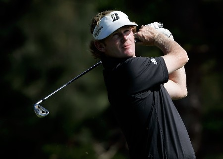 MAUI, HI - JANUARY 3:  Brandt Snedeker hits a tee shot on the second hole during the first round of the Mercedes-Benz Championship at the Plantation Course January 3, 2008 in Kapalua, Maui, Hawaii.  (Photo by Jeff Gross/Getty Images)