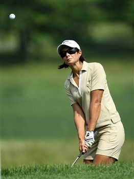 HAVRE DE GRACE, MD - JUNE 05: Laura Diaz of the U.S. hits her third shot to the 1st hole during the first round of the 2008 McDonald's LPGA Championship held at Bulle Rock Golf Course, on June 5, 2008 in Havre de Grace, Maryland. (Photo by David Cannon/Getty Images)