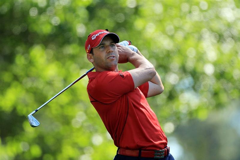 AUGUSTA, GA - APRIL 07:  Sergio Garcia of Spain watches his tee shot on the fourth hole during the first round of the 2011 Masters Tournament at Augusta National Golf Club on April 7, 2011 in Augusta, Georgia.  (Photo by David Cannon/Getty Images)
