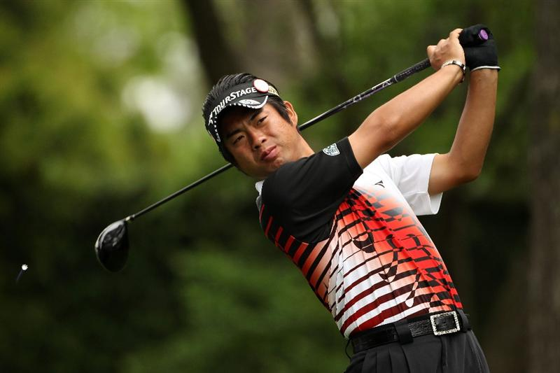 AUGUSTA, GA - APRIL 08:  Yuta Ikeda of Japan watches his tee shot on the second hole during the second round of the 2011 Masters Tournament at Augusta National Golf Club on April 8, 2011 in Augusta, Georgia.  (Photo by Andrew Redington/Getty Images)