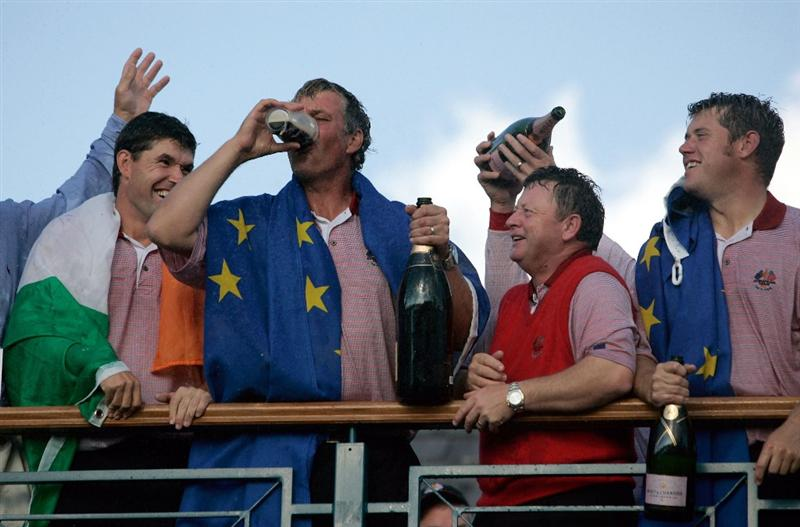 KILDARE, IRELAND - SEPTEMBER 24:  Darren Clarke of Europe celebrates by downing a pint of Guinness on the clubhouse balcony after Europe won the Ryder Cup by a score of 18 1/2 - 9 1/2 on the final day of the 2006 Ryder Cup at The K Club on September 24, 2006 in Straffan, Co. Kildare, Ireland.  (Photo by Jamie Squire/Getty Images)