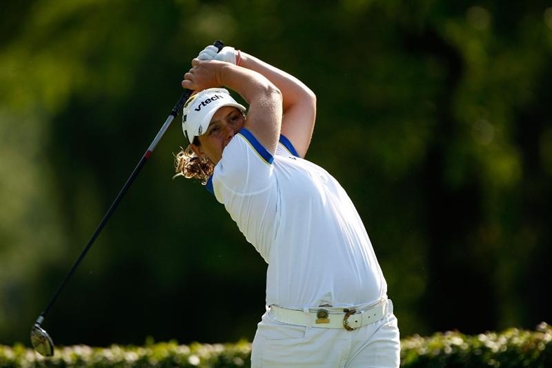BETHLEHEM, PA - JULY 09:  Karen Stupples of England hits a tee shot on the 15th hole during the first round of the 2009 U.S. Women's Open at Saucon Valley Country Club on July 9, 2009 in Bethlehem, Pennsylvania.  (Photo by Streeter Lecka/Getty Images)