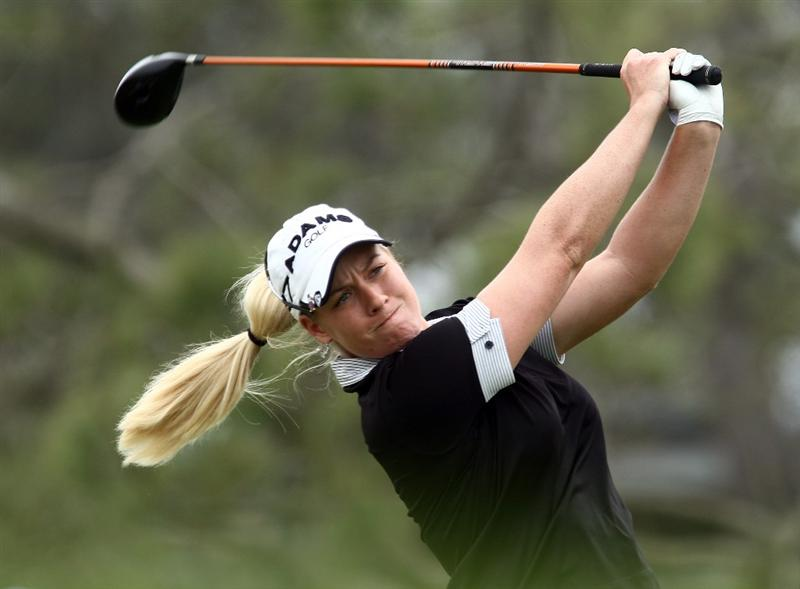 LA JOLLA, CA - SEPTEMBER 18:  Brittany Lincicome tees off the 1st 2hole during the second round of the LPGA Samsung World Championship on September 18, 2009 at Torrey Pines Golf Course in La Jolla, California.  (Photo By Donald Miralle/Getty Images)