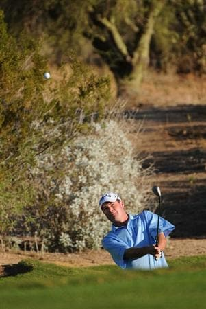 SCOTTSDALE, AZ - OCTOBER 24: Brad Elder hits a chip shot to the 6th green during the second round of  the Fry's.Com Open held at Grayhawk Golf Club on October 24, 2008 in Scottsdale, Arizona.(Photo by Marc Feldman/Getty Images)