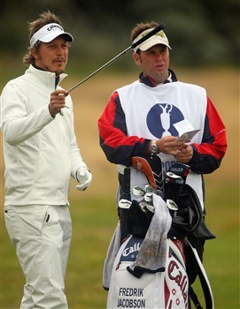 SOUTHPORT, UNITED KINGDOM - JULY 17:  Fredrik Jacobson of Sweden lines up a shot with caddy Ron Levin during the First Round of the 137th Open Championship on July 17, 2008 at Royal Birkdale Golf Club, Southport, England.  (Photo by Andrew Redington/Getty Images)