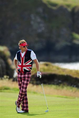 TURNBERRY, SCOTLAND - JULY 16:  Ian Poulter of England waits to play on the 10th hole during round one of the 138th Open Championship on the Ailsa Course, Turnberry Golf Club on July 16, 2009 in Turnberry, Scotland.  (Photo by Stuart Franklin/Getty Images)