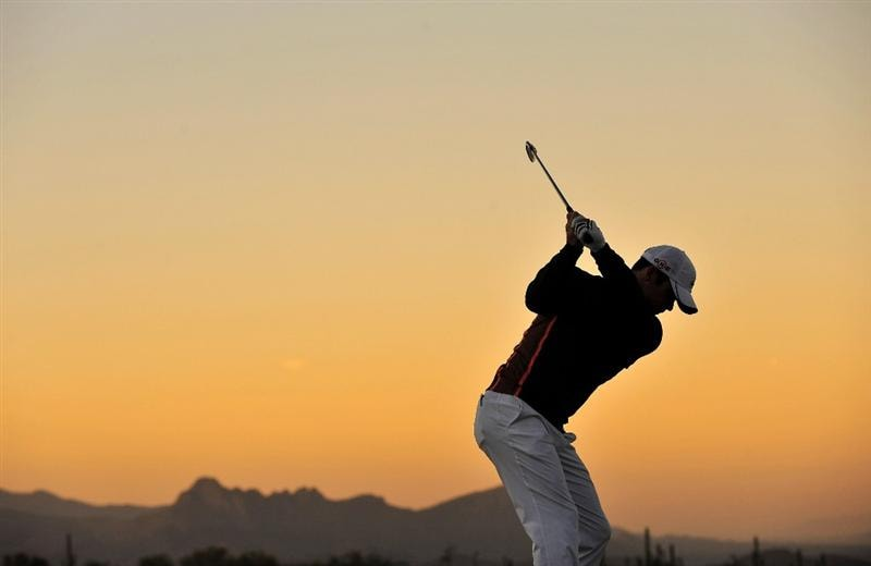 MARANA, AZ - MARCH 1:  Paul Casey of England hits a shot during the final round of Accenture Match Play Championships at The Ritz-Carlton Golf Club at Dove Mountain March 1, 2009 in Marana, Arizona.  (Photo by Stuart Franklin/Getty Images)