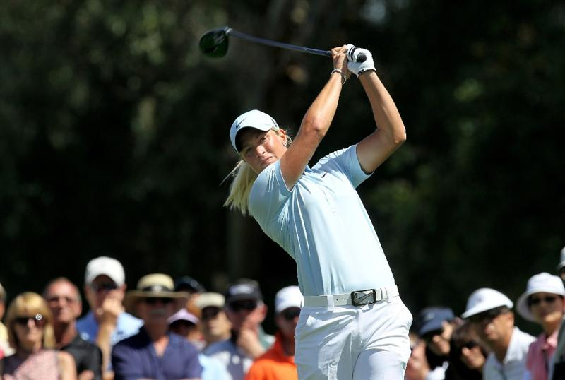 RANCHO MIRAGE, CA - APRIL 04: Suzann Pettersen of Norway hits her tee shot on the 16th hole during the final round of the Kraft Nabisco Championship at Mission Hills Country Club on April 4, 2010 in Rancho Mirage, California.  (Photo by Stephen Dunn/Getty Images)