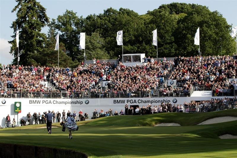 VIRGINIA WATER, ENGLAND - MAY 29:  Lee Westwood of England acknowledges the crowd on the 18th green during the final round of the BMW PGA Championship  at the Wentworth Club on May 29, 2011 in Virginia Water, England.  (Photo by Ross Kinnaird/Getty Images)