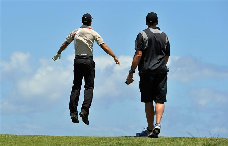 SYDNEY, AUSTRALIA - DECEMBER 02:  James Nitties of Australia jumps in the air to look at the green during a practice round ahead of the 2009 Australian Open Golf Championship at New South Wales Golf Club on December 2, 2009 in Sydney, Australia.  (Photo by Cameron Spencer/Getty Images)