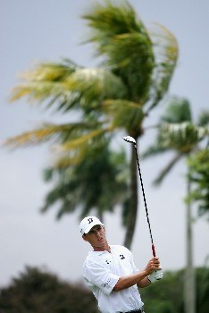 MIAMI - MARCH 20:  Charles Howell III of the USA tees off on the second hole during the first round of the 2008 World Golf Championships CA Championship at the Doral Golf Resort & Spa, on March 20, 2008 in Miami, Florida.  (Photo by Warren Little/Getty Images)