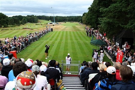 SUNNINGDALE, UNITED KINGDOM - AUGUST 03:  Natalie Gulbis of the USA hits her tee shot at the 1st hole during the final round of the 2008  Ricoh Women's British Open Championship held on the Old Course at Sunningdale Golf Club, on August 3, 2008 in Sunningdale, England.  (Photo by David Cannon/Getty Images)