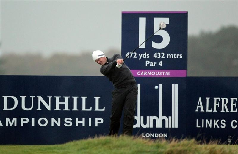 CARNOUSTIE, SCOTLAND - OCTOBER 08: Danny Willett of England plays his tee shot at the 15th hole during the second round of The Alfred Dunhill Links Championship at Carnoustie Golf Links on October 8, 2010 in Carnoustie, Scotland.  (Photo by David Cannon/Getty Images)