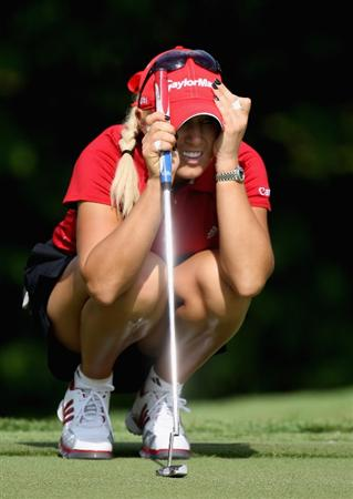 SINGAPORE - MARCH 06:  Natalie Gulbis of the USA  on the par four 4th hole during the second round of HSBC Women's Champions at the Tanah Merah Country Club on March 6, 2009 in Singapore.  (Photo by Ross Kinnaird/Getty Images)