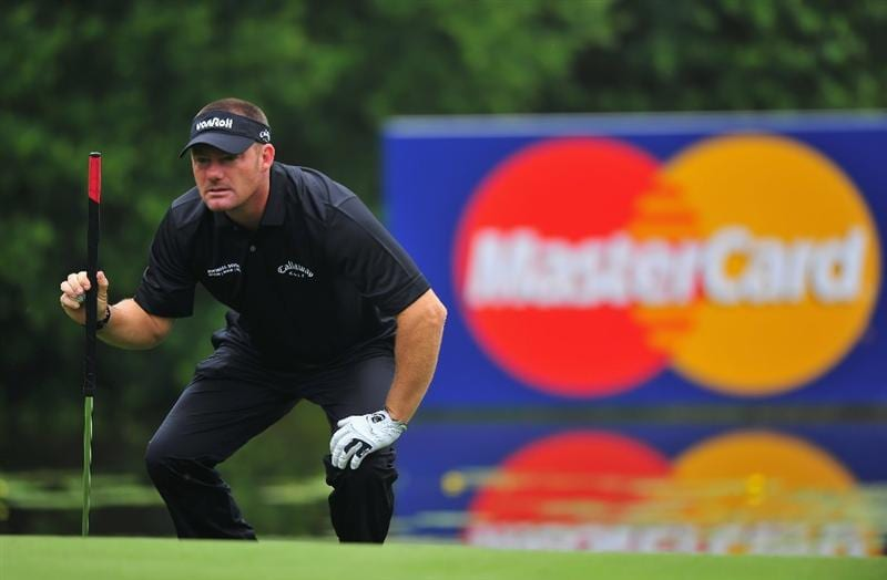 MUNICH, GERMANY - JUNE 25:  Alex Cejka of Germany lines up a putt on the 16th hole during the first round of The BMW International Open Golf at The Munich North Eichenried Golf Club on June 25, 2009, in Munich, Germany.  (Photo by Stuart Franklin/Getty Images)
