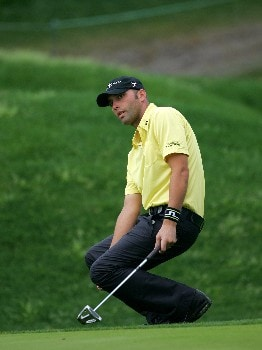 Hank Kuehne reacts to amissed birdie on the 11th during the second round of THE PLAYERS Championship at the Tournament Players Club at Sawgrass in Ponte Vedra Beach, Florida on March 26, 2005.