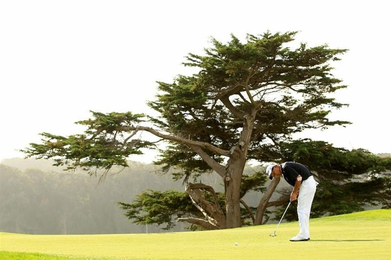 SAN FRANCISCO - NOVEMBER 04:  Chien Soon Lu of Taiwan putts on the 16th hole during round 1 of the Charles Schwab Cup Championship at Harding Park Golf Course on November 4, 2010 in San Francisco, California.  (Photo by Ezra Shaw/Getty Images)