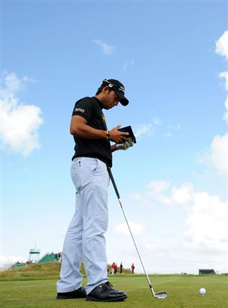 TURNBERRY, SCOTLAND - JULY 13:  Pablo Larrazabal of Spain on the fifth tee during the practice round of the 138th Open Championship on July 13, 2009 on the Ailsa Course, Turnberry Golf Club, Turnberry, Scotland.  (Photo by Harry How/Getty Images)