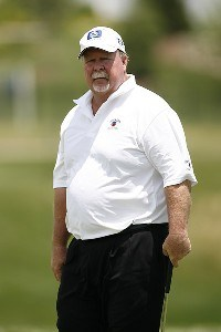 Craig Stadler during the opening round of the Greater Kansas City Golf Classic at the Nicklaus Golf Club at LionsGate in Overland Park, Kansas on June 30, 2006.Photo by G. Newman Lowrance/WireImage.com