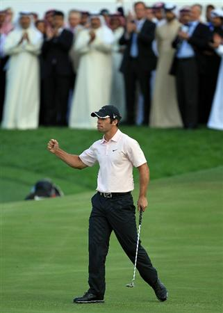 BAHRAIN, BAHRAIN - JANUARY 30:  Paul Casey of England holes the winning putt on the 18th green during the final round of the 2011 Volvo Champions held at the Royal Golf Club on January 30, 2011 in Bahrain, Bahrain.  (Photo by David Cannon/Getty Images)