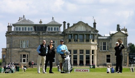 ST ANDREWS, UNITED KINGDOM - JULY 31:   Annika Sorenstam of Sweden plays her second shot into the first green during practice for the 2007 Ricoh Womens British Open held on the Old Course at St Andrews on July 31, 2007 in St Andrews, Scotland.  (Photo by Warren Little/Getty Images)
