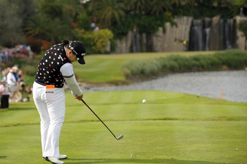 WEST PALM BECH, FL - NOVEMBER 23:  Ji-Yai Shin of South Korea hits her tee ball on the 17th hole during the final round of the ADT Championship at the Trump International Golf Club on November 23, 2008 in West Palm Beach, Florida.  (Photo by Montana Pritchard/Getty Images)